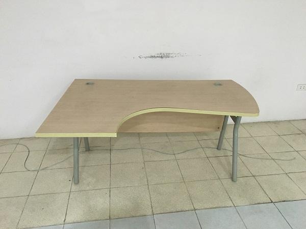 bàn góc hòa phát 1