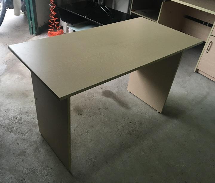 bàn làm việc 03