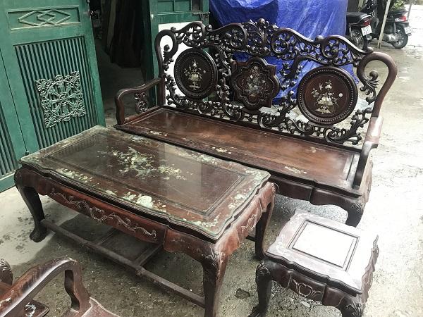 Bộ bàn ghế guột hoa lan tây gỗ gụ ta 2