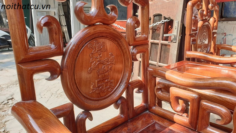 Bộ bàn ghế móc mỏ gỗ hương vân ta