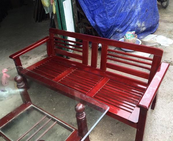 Bộ bàn ghế xoan đào Hoàng Anh Gia Lai