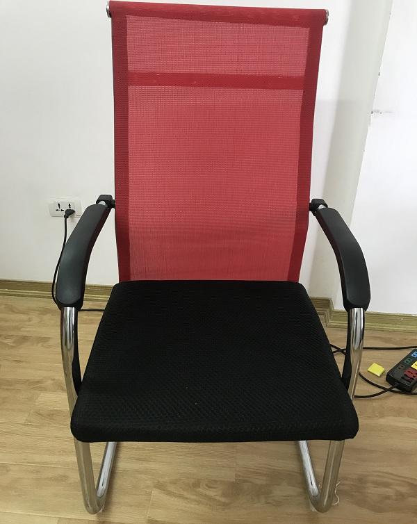 ghế chân quỳ lưng lưới 1