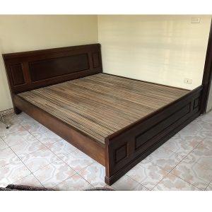Giường gỗ gội kt 180x200cm thanh lý