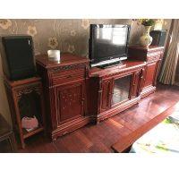 Kệ ti vi gỗ hương đỏ Lào kích thước 232x95x58cm
