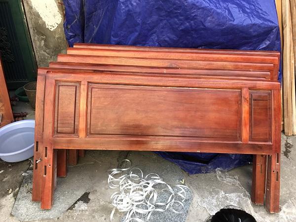 thanh lý 10 chiếc giường gỗ xoan đào 1