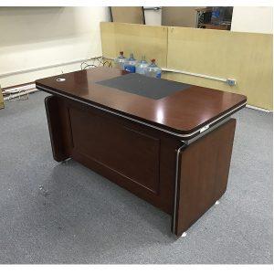 Thanh lý bàn giám đốc nhập khẩu Hàn Quốc