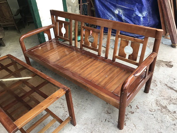 thanh lý bộ bàn ghế gỗ xoan đào kèm đệm 1