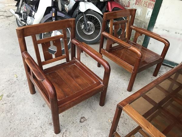 thanh lý bộ bàn ghế gỗ xoan đào kèm đệm 3