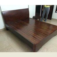 thanh lý giường gỗ xoan đào
