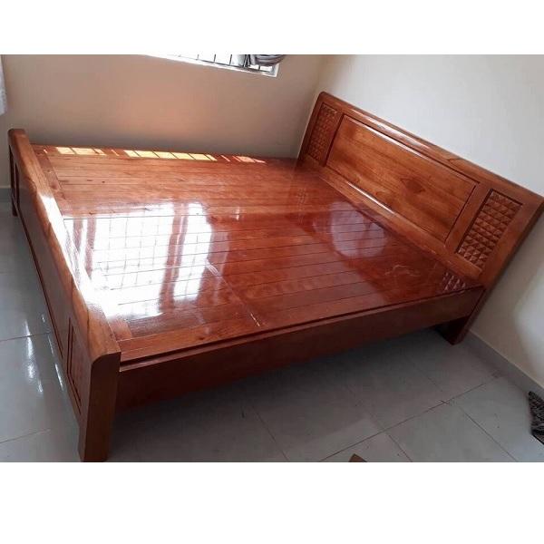 thanh lý giường gỗ xoan đào rát phản
