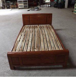 thanh lý giường gỗ xoan kt 120x190