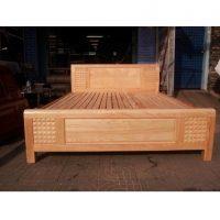 thanh lý giường ngủ gỗ sồi