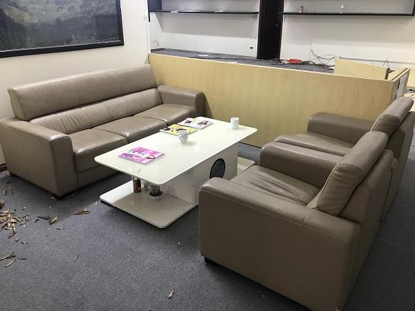 thanh lý sofa da nhập khẩu cao cấp kèm bàn 1