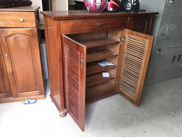 thanh lý tủ giầy gỗ xoan đào giá rẻ