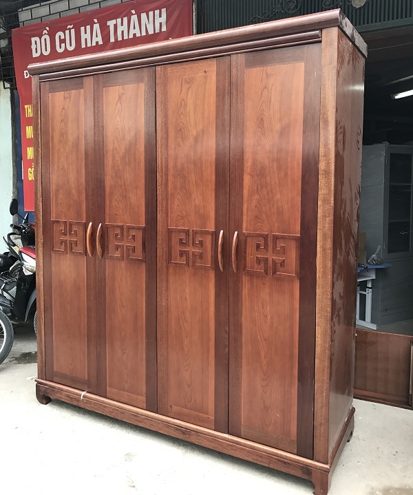 thanh lý tủ quần áo gỗ xoan đào hàng đặt đóng 1
