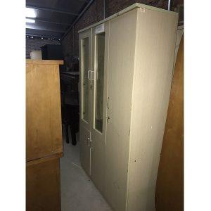 thanh lý tủ tài liệu gỗ 3 cánh kích thước 120x200x45cm