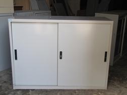thanh lý tủ kệ sắt hòa phát kích thước 80x90x45 cm