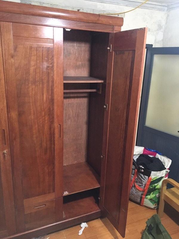 Tủ quần áo gỗ xoan đào kích thước 160x210x60 mới 90%